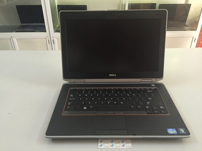 Laptop Dell Latitude E6420 cũ (Core i5 2520M, 4GB, 250GB, Intel HD Graphics 3000, 14 inch)